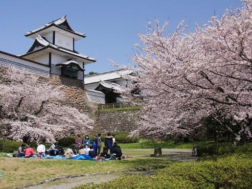 Курсы японского языка в городе Канадзава, Япония