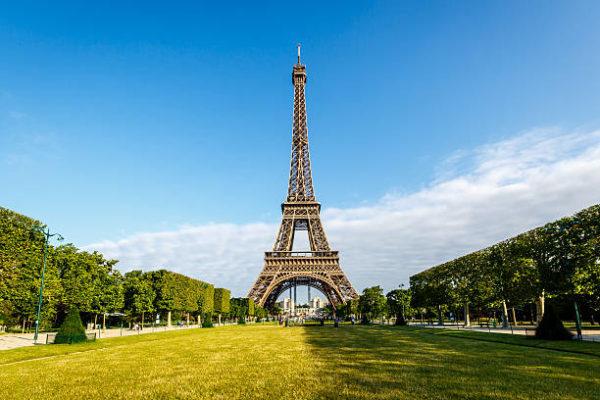 Школа французского языка в Париже для взрослых