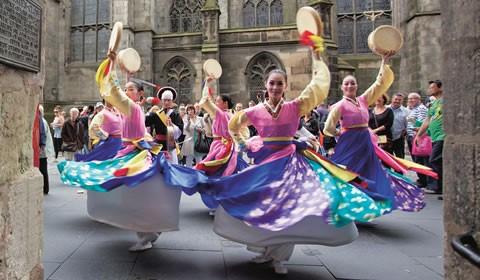 Английский в красках Эдинбургского фестиваля